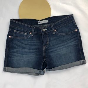 Levis Women's Denim Shorts Size 30